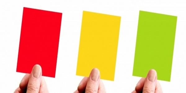 لماذا تستخدم البطاقة الصفراء في كرة القدم